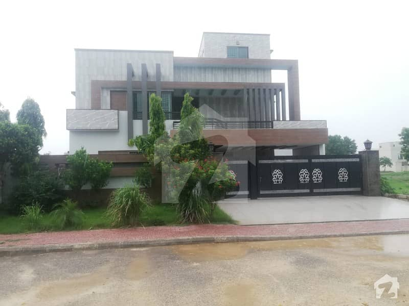 1 Kanal Beautiful House For Rent In  Sector C Bahria Town Lahore