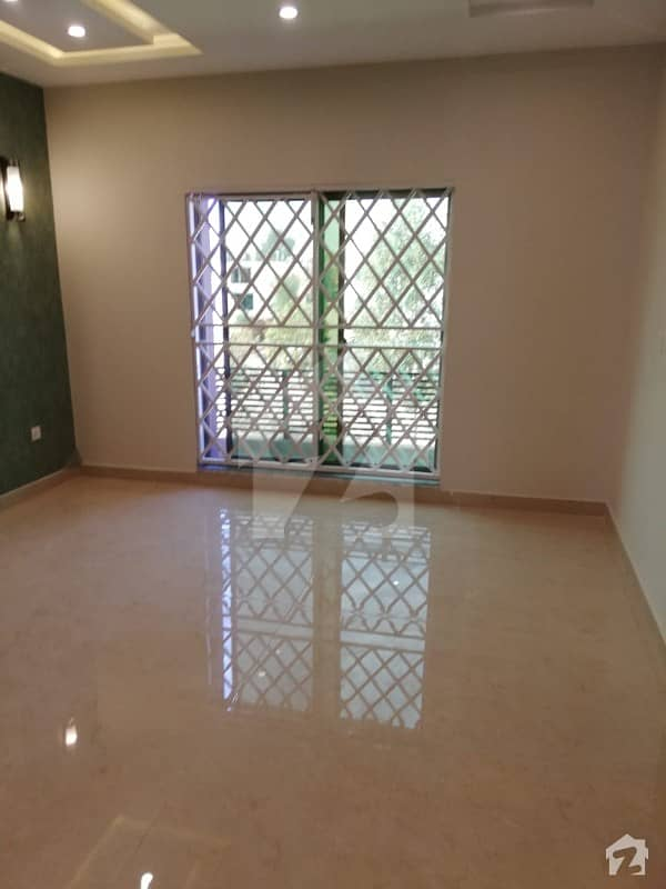 10 Marla House For Sale Upper Mall Road Lahore