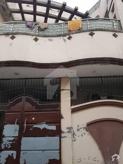 راحام کالونی ڈسکہ میں 8 کمروں کا 6 مرلہ مکان 1.15 کروڑ میں برائے فروخت۔