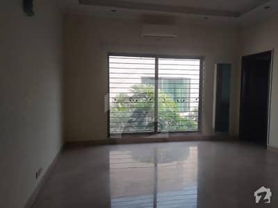 ڈی ایچ اے فیز 2 - بلاک کیو فیز 2 ڈیفنس (ڈی ایچ اے) لاہور میں 5 کمروں کا 1 کنال مکان 1.5 لاکھ میں کرایہ پر دستیاب ہے۔
