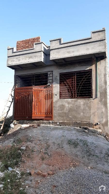 ترلائی اسلام آباد میں 2 کمروں کا 3 مرلہ مکان 38 لاکھ میں برائے فروخت۔