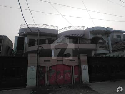House Of 1 Kanal In Satellite Town For Rent