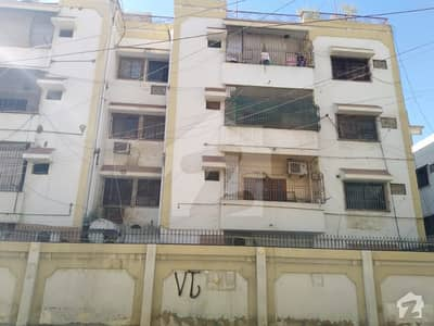 5 Rooms Apartment 2000 Square Feet West Open Behind Kashmir Road Pechs Block3