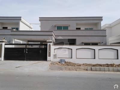 فالکن کمپلیکس نیوملیر ملیر کراچی میں 5 کمروں کا 1 کنال مکان 6.35 کروڑ میں برائے فروخت۔