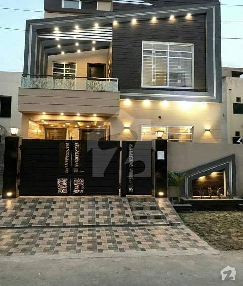 بحریہ ٹاؤن جناح بلاک بحریہ ٹاؤن سیکٹر ای بحریہ ٹاؤن لاہور میں 3 کمروں کا 5 مرلہ مکان 1.13 کروڑ میں برائے فروخت۔