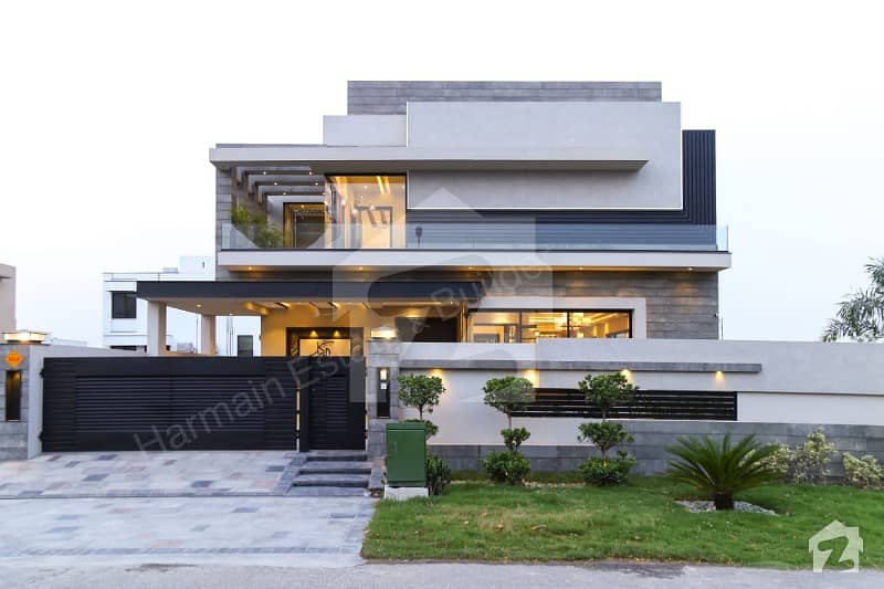 One Kanal Luxury House For Sale