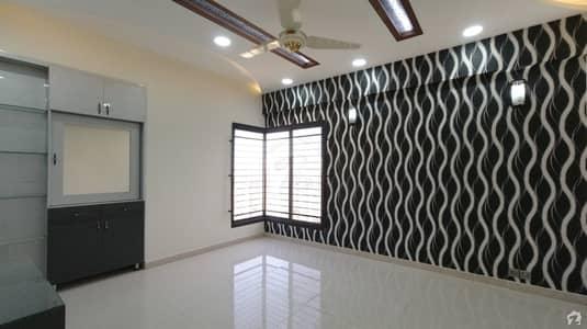 فریرے ٹاؤن کراچی میں 3 کمروں کا 9 مرلہ فلیٹ 4.55 کروڑ میں برائے فروخت۔
