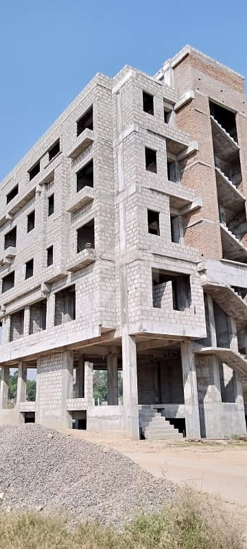 شالیمار ٹاؤن اسلام آباد میں 2 مرلہ دفتر 31 لاکھ میں برائے فروخت۔
