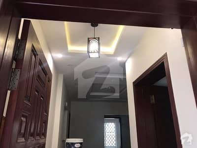 بحریہ ٹاؤن اوورسیز انکلیو بحریہ ٹاؤن لاہور میں 5 کمروں کا 10 مرلہ مکان 2.2 کروڑ میں برائے فروخت۔