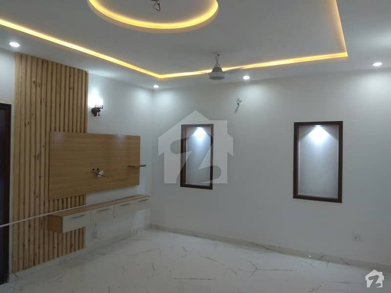 House Of 10 Marla For Rent In Bahria Town
