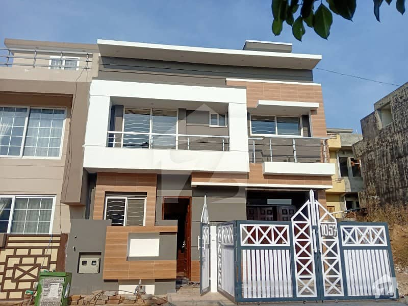 Brand New 25x40 House For Sale In G13
