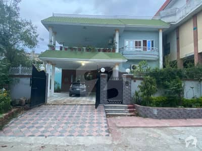 Beautiful 1 Kanal House For Sale In Gulistan Colony