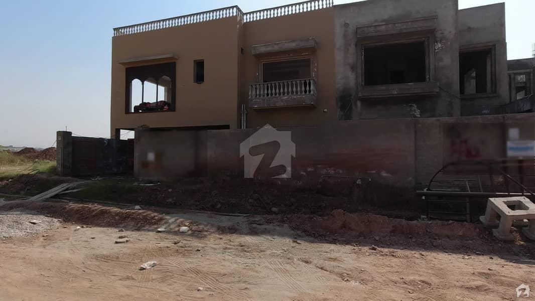 پی ایچ اے ایف آفیسرز ریزڈینسیا کوری روڈ اسلام آباد میں 4 کمروں کا 1 کنال مکان 3.65 کروڑ میں برائے فروخت۔