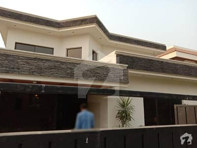1 Kanal Luxury Bungalow Available For Rent In DHA Phase 2