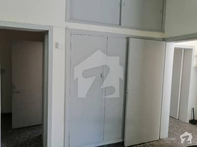 Upper Portion For Rent In G6