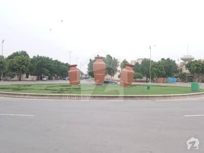 بحریہ ٹاؤن ۔ بلاک ڈی ڈی بحریہ ٹاؤن سیکٹرڈی بحریہ ٹاؤن لاہور میں 10 مرلہ رہائشی پلاٹ 95 لاکھ میں برائے فروخت۔