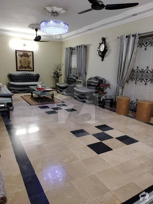 گلشنِ اقبال - بلاک 13 ڈی گلشنِ اقبال گلشنِ اقبال ٹاؤن کراچی میں 6 کمروں کا 16 مرلہ مکان 1.6 کروڑ میں برائے فروخت۔