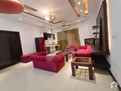 Unfurnished 1 Kanal Upper Portion Available For Rent Near Jalal Sons