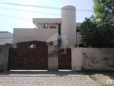 4500  Square Feet House Up For Rent In Township