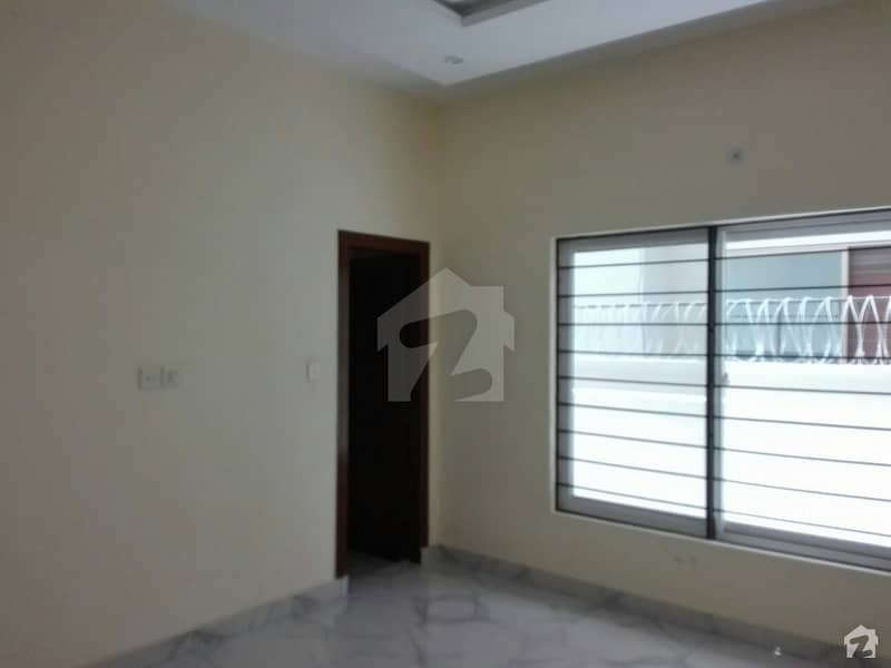 Upper Portion Of 10 Marla For Rent In Pakistan Town