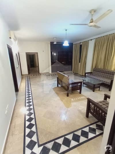 2250  Square Feet Flat For Sale In Beautiful F-11