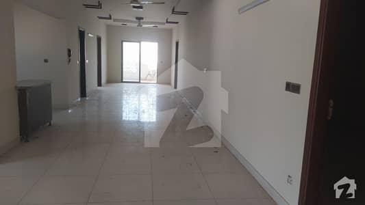 گرومندرچورنگی کراچی میں 5 کمروں کا 10 مرلہ فلیٹ 1.1 لاکھ میں کرایہ پر دستیاب ہے۔