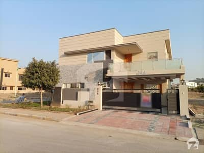 3375  Square Feet House In Dha Defence For Sale