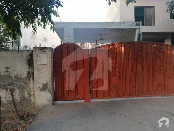 1 Kanal Old House For Sale In Model Town
