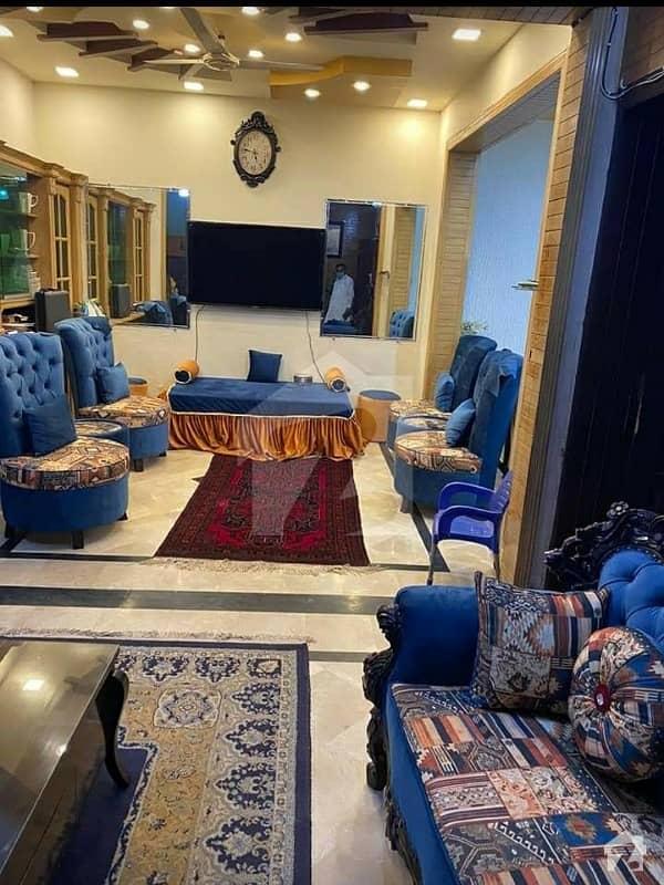 ایف ۔ 11/3 ایف ۔ 11 اسلام آباد میں 6 کمروں کا 10 مرلہ مکان 4.3 کروڑ میں برائے فروخت۔