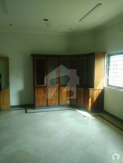 1 Kanal Upper Portion For Rent In Model Town Extention