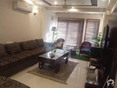 کلفٹن ۔ بلاک 2 کلفٹن کراچی میں 3 کمروں کا 11 مرلہ فلیٹ 2.25 کروڑ میں برائے فروخت۔