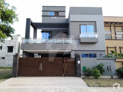 8 Marla House In Bahria Nasheman For Sale At Good Location