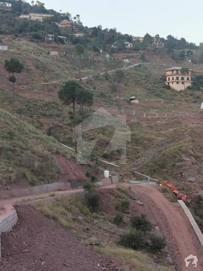 Ideal Commercial Plot For Sale In Murree Expressway