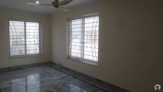 3 Marla House In Ameen Town