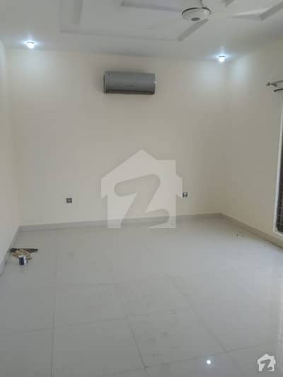 1 Kanal Upper Portion For Rent In Dha Phase 4 Block Aa