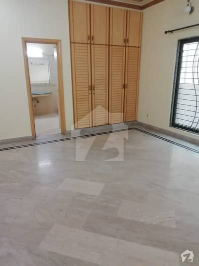 Al Habib Property Offers 1 Kanal With Basement Beautiful Bungalow For Rent In Sui Gas Society Phase 1 Block F Lahore