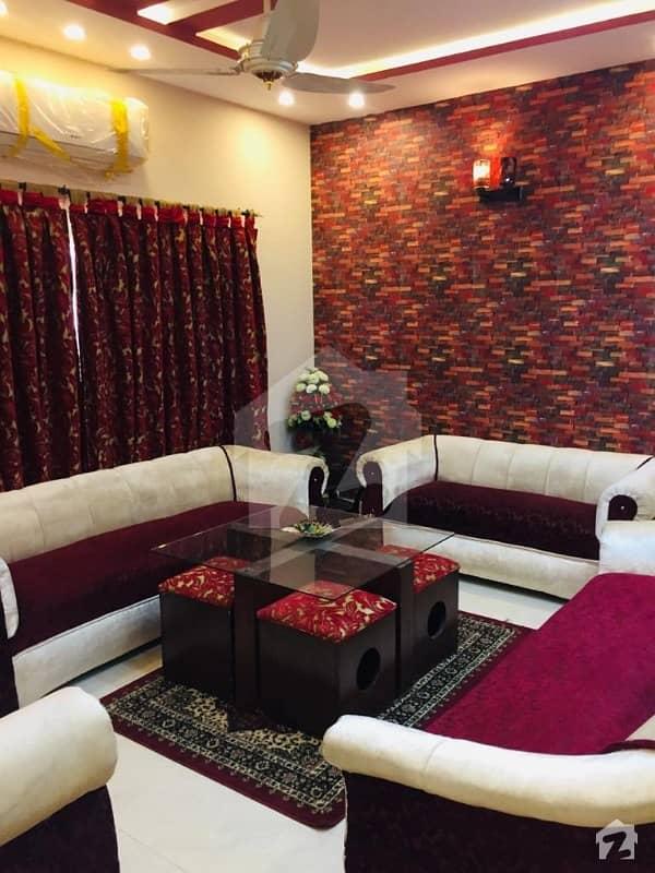 بحریہ ٹاؤن سیکٹر ای بحریہ ٹاؤن لاہور میں 4 کمروں کا 10 مرلہ مکان 2.5 کروڑ میں برائے فروخت۔