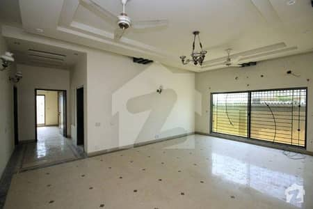 1 Kanal House Is Available For Rent In Phase 6 DHA
