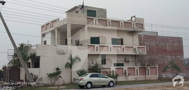2250  Square Feet House Situated In Raiwind Road For Sale