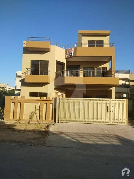 House For Sale D-17 Islamabad 30#70