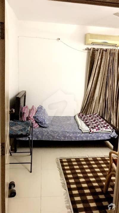 رحمان گارڈنز لاہور میں 1 کمرے کا 2 مرلہ کمرہ 15 ہزار میں کرایہ پر دستیاب ہے۔