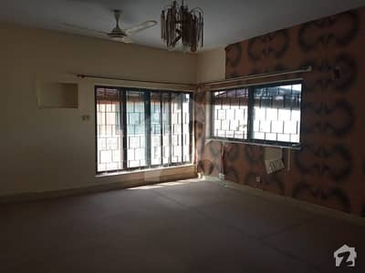 Upper Portion 3 Bedrooms Available For Rent F_11