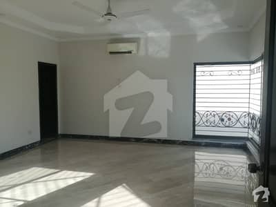 Kanal Luxury Upper Portion Available For Rent In Phase 4