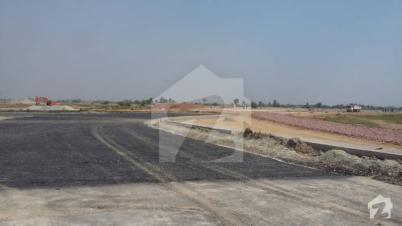 10 Marla Residential Plot For Sale At LDA City Phase 1  At Prime Location