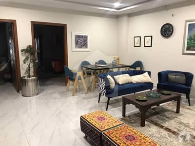FOR SAL LUXURY APARTMENT FLAT 1 BED 440 SQ phase 8 Bahria town RAWALPINDI
