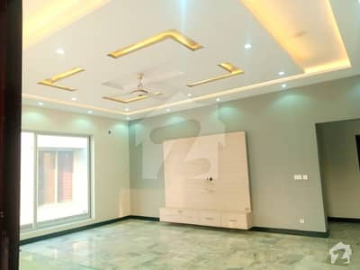1 Kanal Luxurious Upper Portion  For Rent At Phase 2