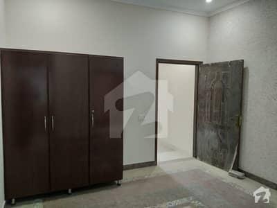 لدھڑ بیدیاں روڈ لاہور میں 3 کمروں کا 2 مرلہ مکان 22 ہزار میں کرایہ پر دستیاب ہے۔