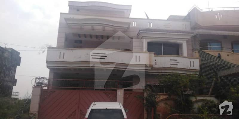 Beautiful 35 X 70 House For Sale In G-13