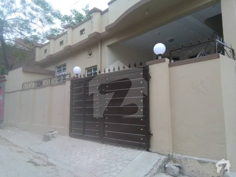 Good 1350  Square Feet House For Sale In Janjua Town
