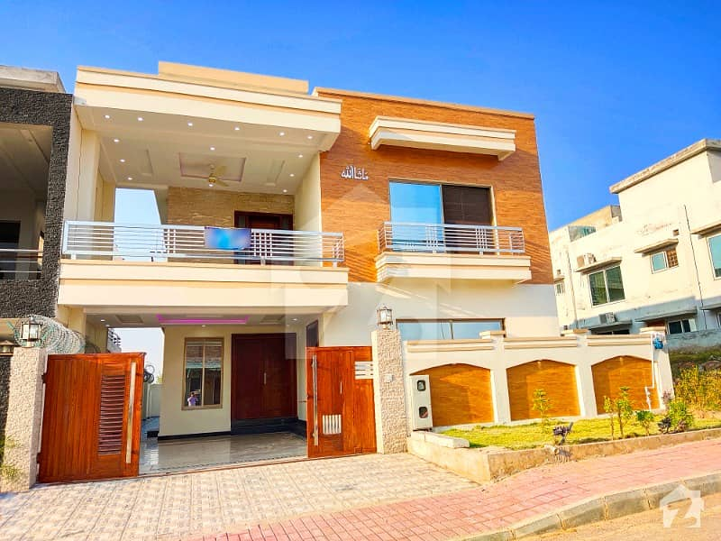 Decent Design House At Amazing Location